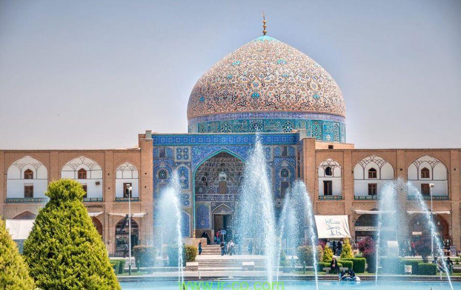 معماری مسجد شیخ لطفالله اصفهان